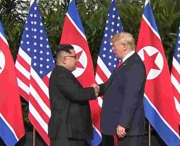 President Donald J. Trump and Kim Jong Un in Singapore - 06-11-2018