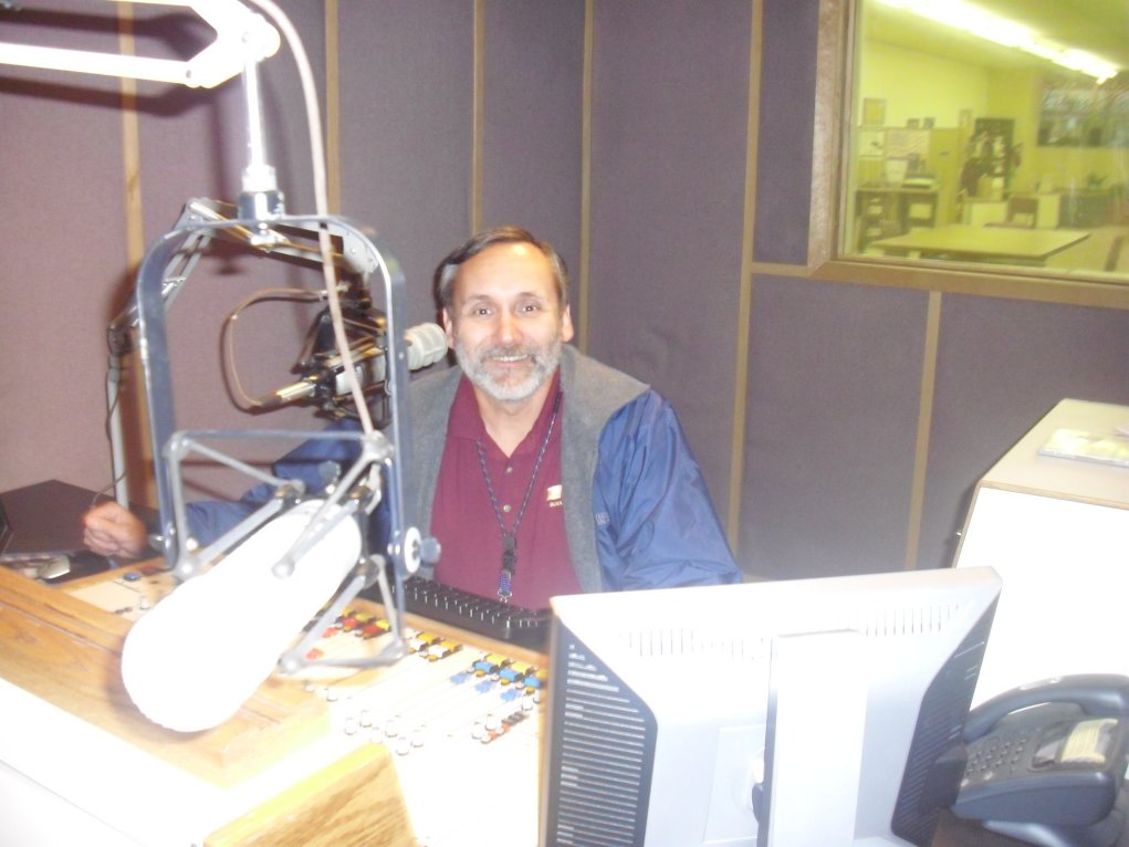Roger J. Wendell visiting Colorado Public Radio's Grand Junction studio on 414 Main Street - 12-22-2010