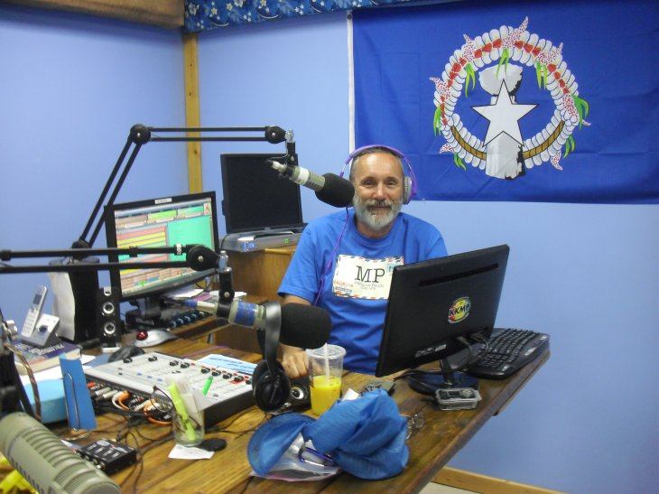 Roger J. Wendell at the KKMP air studio 06-06-2015