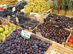 Fruit for sale in northern Italy by Rober J. Wendell - 09-08-2007