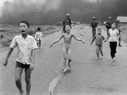 Phan Thi Kim Phuc photographed by Nick Ut after a napalm attack in Vietnam - 06-08-1972